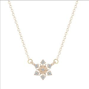 Jewelry - ❄️ Gold Sparkly Snowflake Necklace
